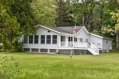 1570 E Friess Lake Dr, Hubertus, WI 53033 - #: 1631388