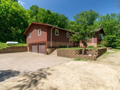 5168 Cottonwood Ln, La Crescent, WI 55947 - #: 1642172