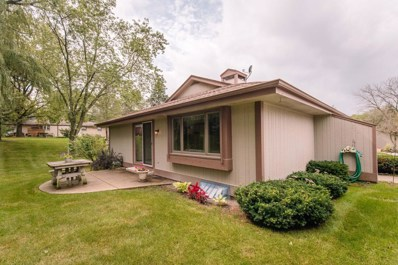 5038 S Stonehedge Dr, Greenfield, WI 53220 - #: 1656948
