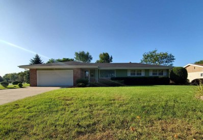 5605 W Cold Spring Rd, Greenfield, WI 53220 - #: 1661074