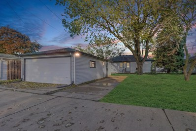 4055 S 83rd St, Greenfield, WI 53220 - #: 1664746
