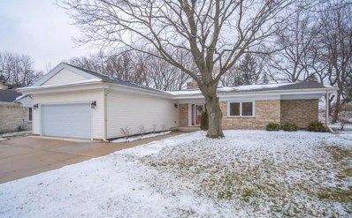 516 W Apple Tree Rd, Glendale, WI 53217 - #: 1673541