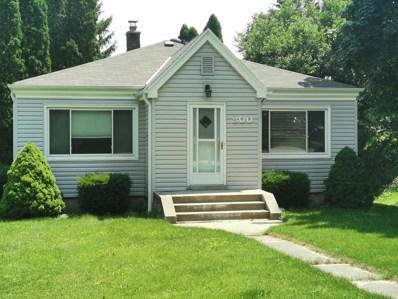 111 Lake Shore Dr, Wisconsin Dells, WI 53965 - #: 1695894