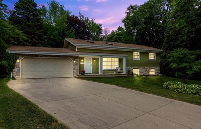 428 Circle Dr, Lake Geneva, WI 53147 - #: 1696542