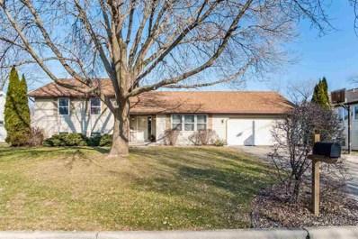 915 Castle Dr, Sun Prairie, WI 53590 - #: 1846646