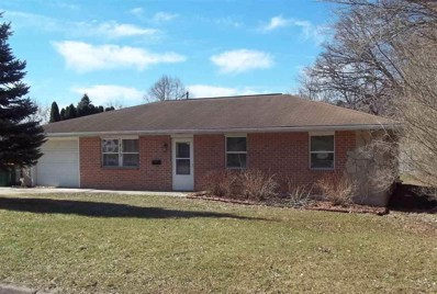 613 Cloute St, Fort Atkinson, WI 53538 - #: 1852102