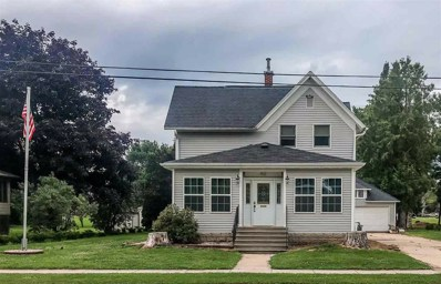 412 Columbia St, Horicon, WI 53032 - #: 1866072