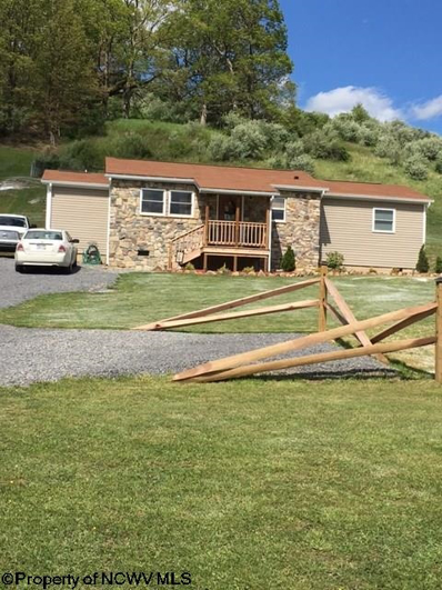 35 Curry Fay Drive, Buckhannon, WV 26201 - #: 10121586